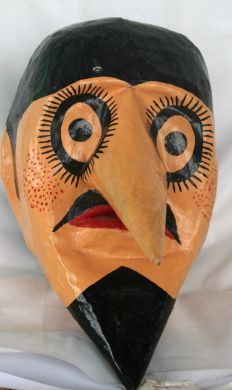 Objetos de fantasias festas e rituais brasileiros